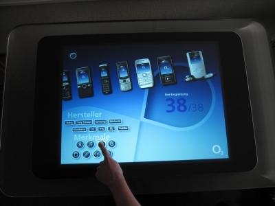 Abb.2: Der Handyberater - Einfache Auswahl nach Merkmalen und Hersteller.