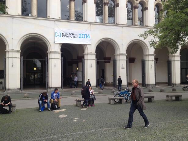 Foto Eingang Uni München