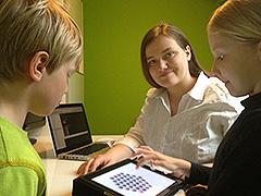 Frau Rumpelt während der Datenerhebung mit Kleinkindern