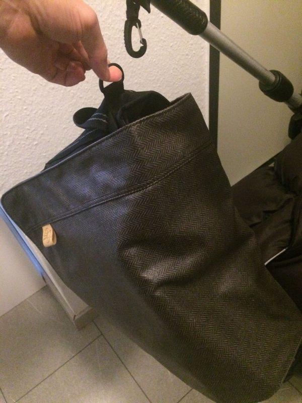 Befestigung Tasche an Kinderwagen