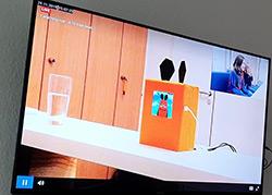 Bildschirm im Beobachterraum mit dem Live-Stream des Nutzertests und den Reaktionen der Probanden